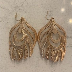Kendra Scott Feather Earrings